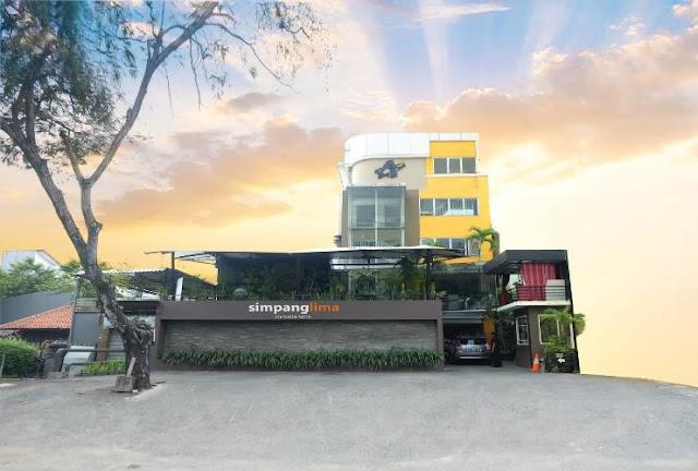 Fasilitas Umum dan Kamar di Simpang Lima Residence
