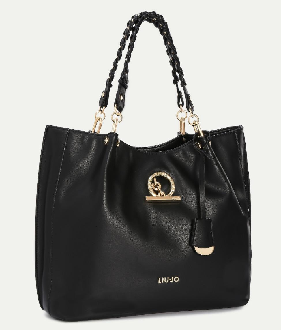 Colore Nero - Costa 120 euro su Amazon. Passiamo quindi da un colore chiaro  a quello più scuro che c è nella nuova collezione Sei Unica di Liu Jo. 57b34d69a2b