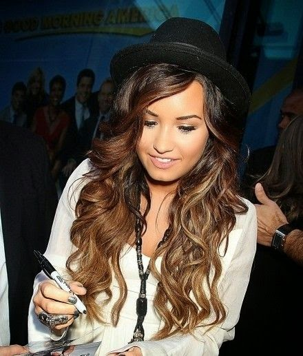 Love this hair color think i might try it next:)!! Demi Lovato Long and Ombre Hair Color For 2013-01