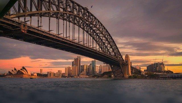 Розничные продажи в Австралии выросли на 3,2% в июле
