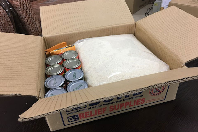 LOOK: DSWD Sec. Taguiwala shows contents of new relief package! Netizens love it!