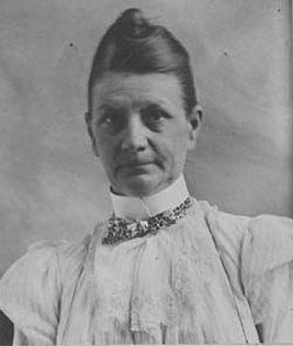 ТАРАЛЕЖ: На тази дата 8 април 1899 г. Марта Плейс става първата ...