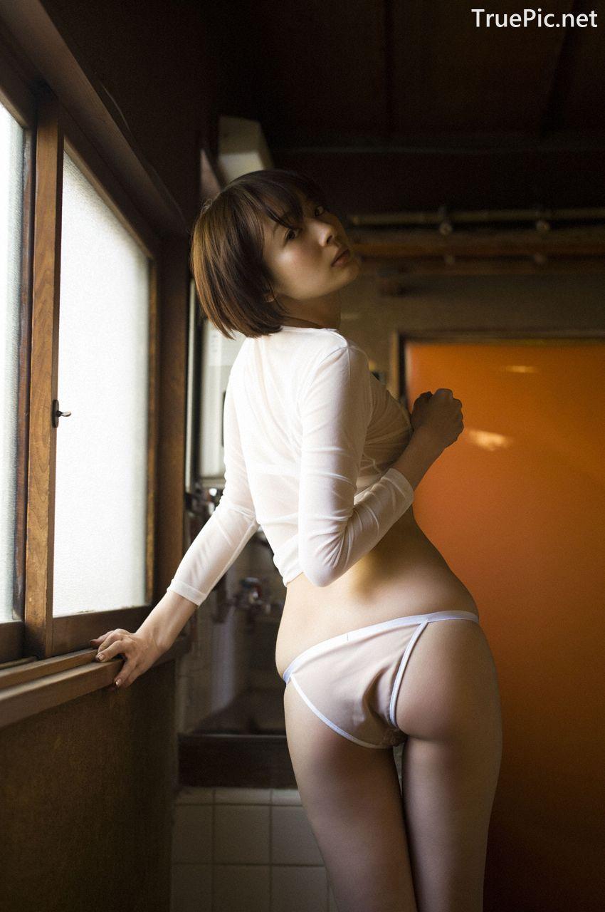 Image-Japanese-Model-Sayaka-Okada-What-To-Do-When-Its-Too-Hot-TruePic.net- Picture-3