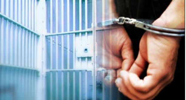 Στο αυτόφωρο ιερέας και αστυφύλακας για ψευδή κατάθεση και ηθική αυτουργία σε υπόθεση με ασφαλιστικές αποζημιώσεις