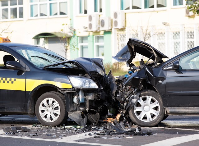 When Should You Call A Lawyer After An Auto Accident?