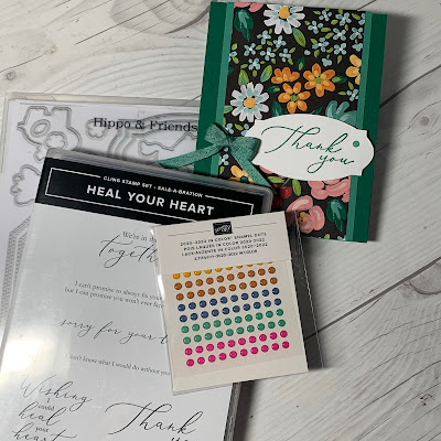 Items used to create a floral greeting card