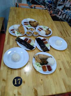 Tempat Makan Enak dan Murah Ayam Goreng Kampung Karawaci Batam