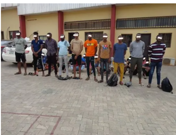 29 Yahoo boys arrested in Anambra state