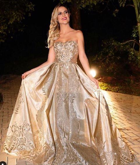 Beca Milano vestido fabrica de casamentos