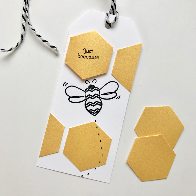 Bee themed Teacher Gift Idea - Teacher Appreciation - leroylime.com