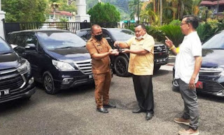 Wali Kota Sibolga Syarfi Hutauruk Kembalikan Mobil Dinas dan Kunci Rumah Jabatan