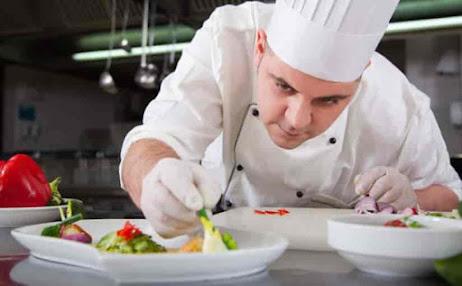 مطلوب 20 مستخدم ومستخدمة بمدينة طنجة بمجال المطاعم