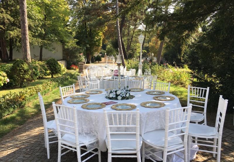 Unutulmaz Düğünlerin Başı Çeken Konsepti : Kır Düğünü
