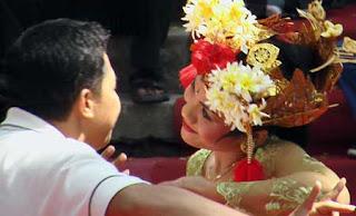 Tari Pergaulan Anak Muda Bali