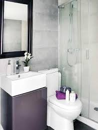 Small-Bathroom-Apartment-Ideas