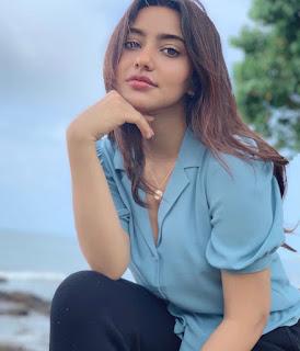 Hot and Sexy Neha Sharma photos