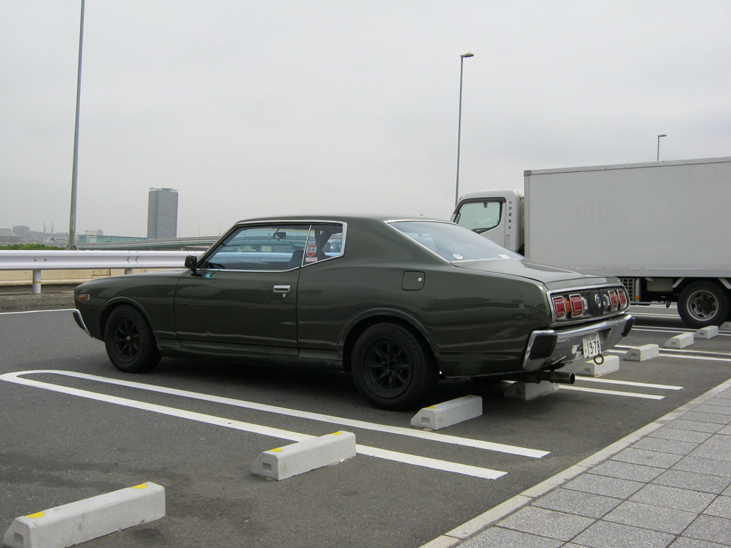 Nissan Cedric, Gloria, 330, nostalgic, oldschool, old cars, classic, japanese, photos, images, jdm, hardtop coupe, two doors