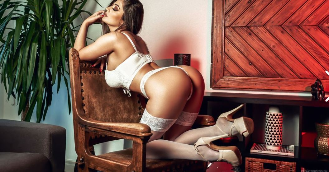 PrivateObsession Model GlamourCams