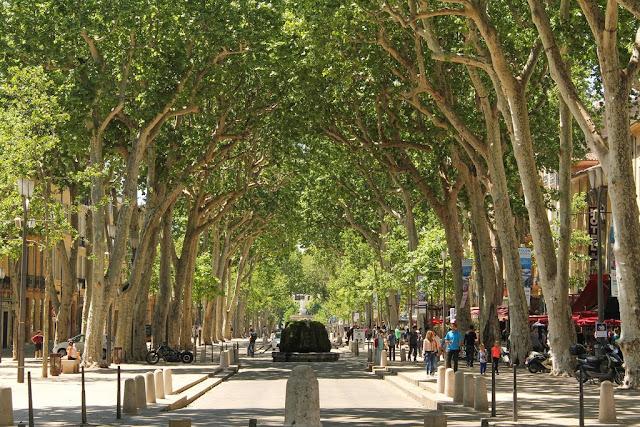 Cours Mirabeau em Aix