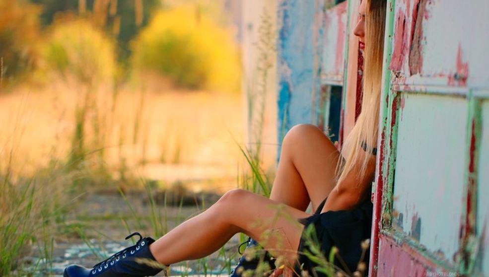 AbbyHotBlonde Model GlamourCams