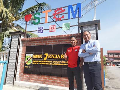Kunjungan ke Bilik STEM Classroom di SMK Jenjarom bersama Cikgu Aman
