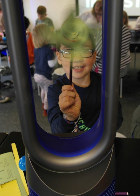 Discovering Engineering at MSI Manchester with Dyson and Currys PC World #DysonChallenge Make your own windmill