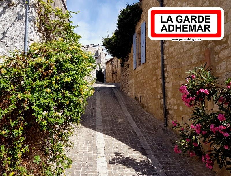 """La Garde Adhemar """" Plus Beaux Villages de France """""""