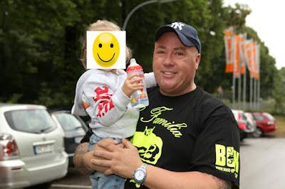 Ramon Ademes mit seiner Tochter