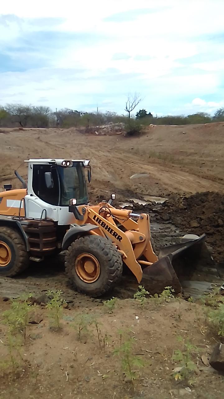 A prefeitura de Apodi continua recuperando açudes, cacimbas e barreiros  na zona rural