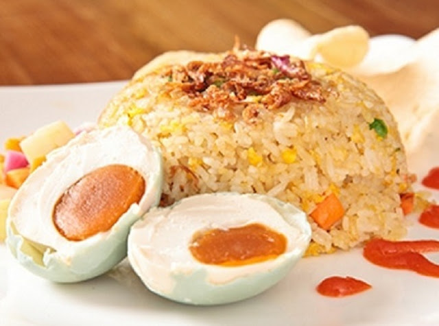 Nasi Goreng Telur Masin