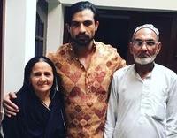 मोहम्मद नाजिम अपने माता पिता के साथ | mohammad nazim with her parents