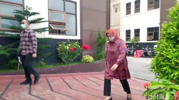 Bupati Bogor Penuhi Panggilan Polda Jabar Terkait Kerumunan Megamendung