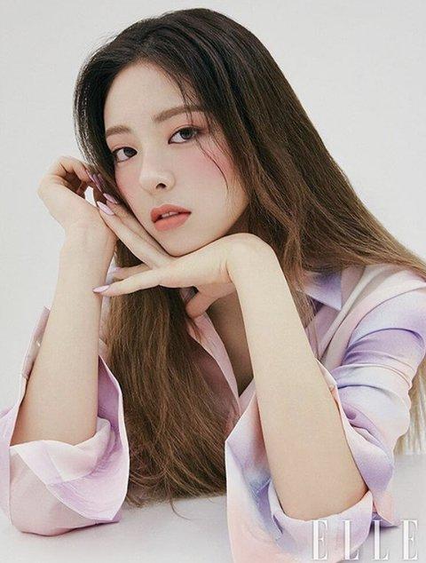 [PANN] ITZY Yuna yeni fotoğrafıyla büyüledi