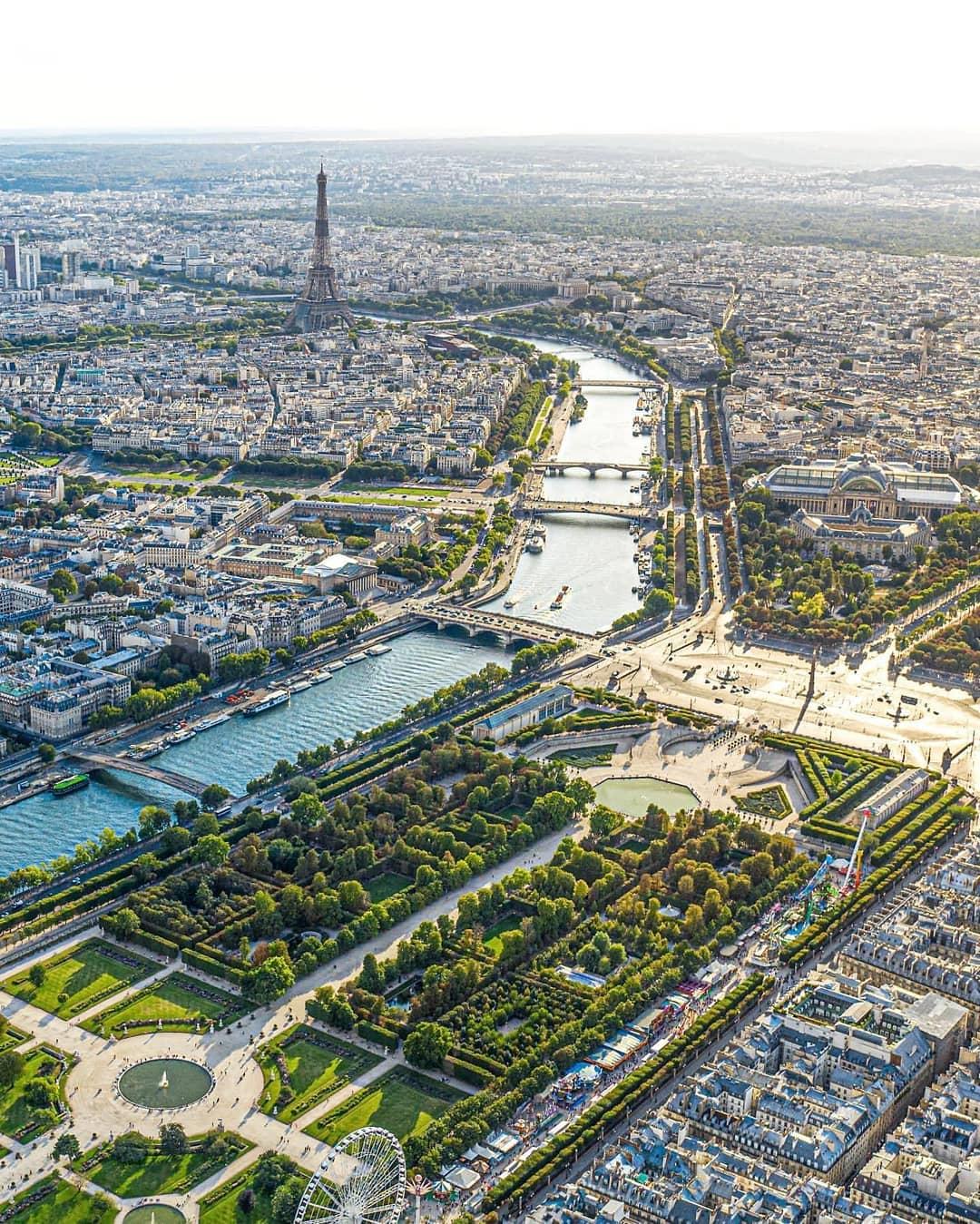 View Kota PAris dari Montparnasse Tower