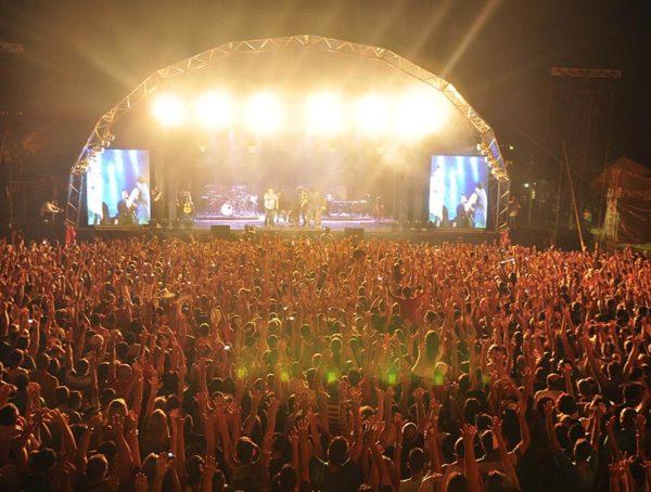Confira quais serão os cantores que vão animar a Festa da Uva 2020