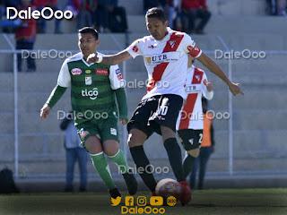 Alexis Ribera y Samuel Galindo en el partido entre Always Ready y Oriente Petrolero - DaleOoo