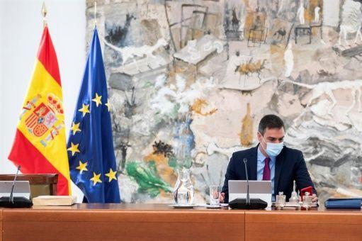 Gobierno español sugiere a la Corona decisión sobre Juan Carlos