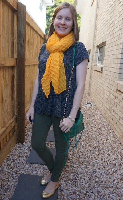 space dye peplum tee with olive skinny jeans mini 5 zip bag and mustard crinkle scarf | away from blue