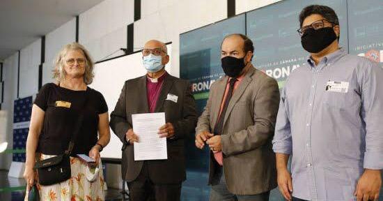 Igrejas, movimentos e organizações sociais se unem em pedido pelo impeachment do atual presidente do Brasil