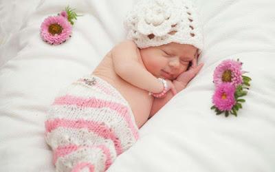 cuty-lovely-sleeping-hhh-kiss-you