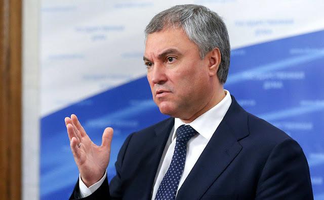 Volodin SSRİ-nin dağılmasına qiymət verməyə və satqınların adlarını çəkməyə çağırdı