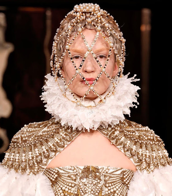 Branding Lessons from Queen Elizabeth I