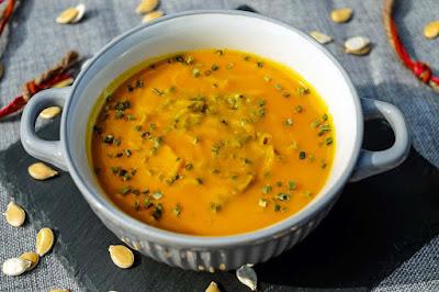 أفضل وجبة سحور للاعبي كمال الاجسام في رمضان لايمكن أن تكتمل بدون شوربة خضار أو حساء ساخن مخلوط ببعض الحبوب الزيتية لإغناء السحور