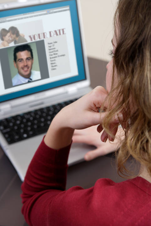 How to start a chat on internet dating