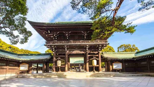 ضريح الإمبراطور الياباني ميجي, Meiji Shrine