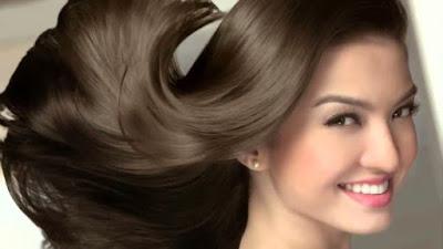 Cara memanjangkan rambut dengan alami dan cepat tanpa obat