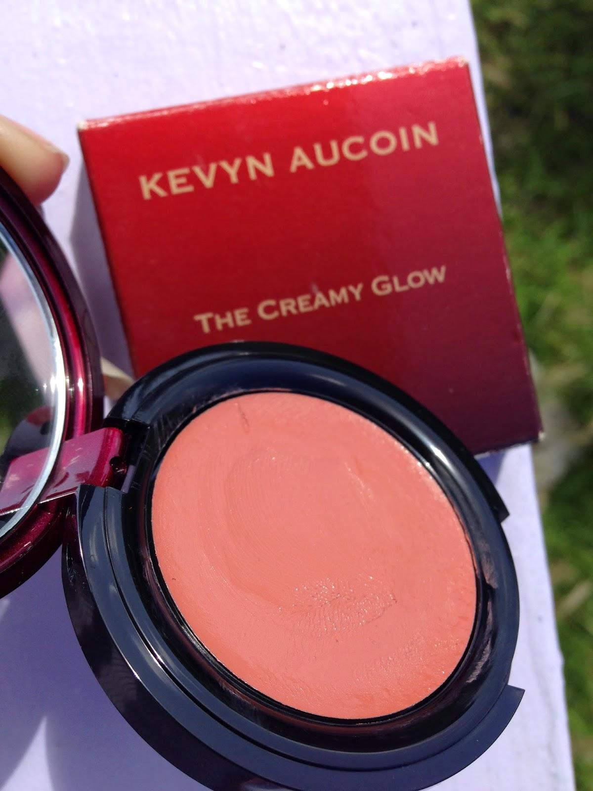 Kevyn Aucoin The Creamy Glow 'Euphoria' - www.modenmakeup.com