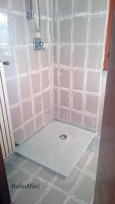 Podczas wymiany prysznica.