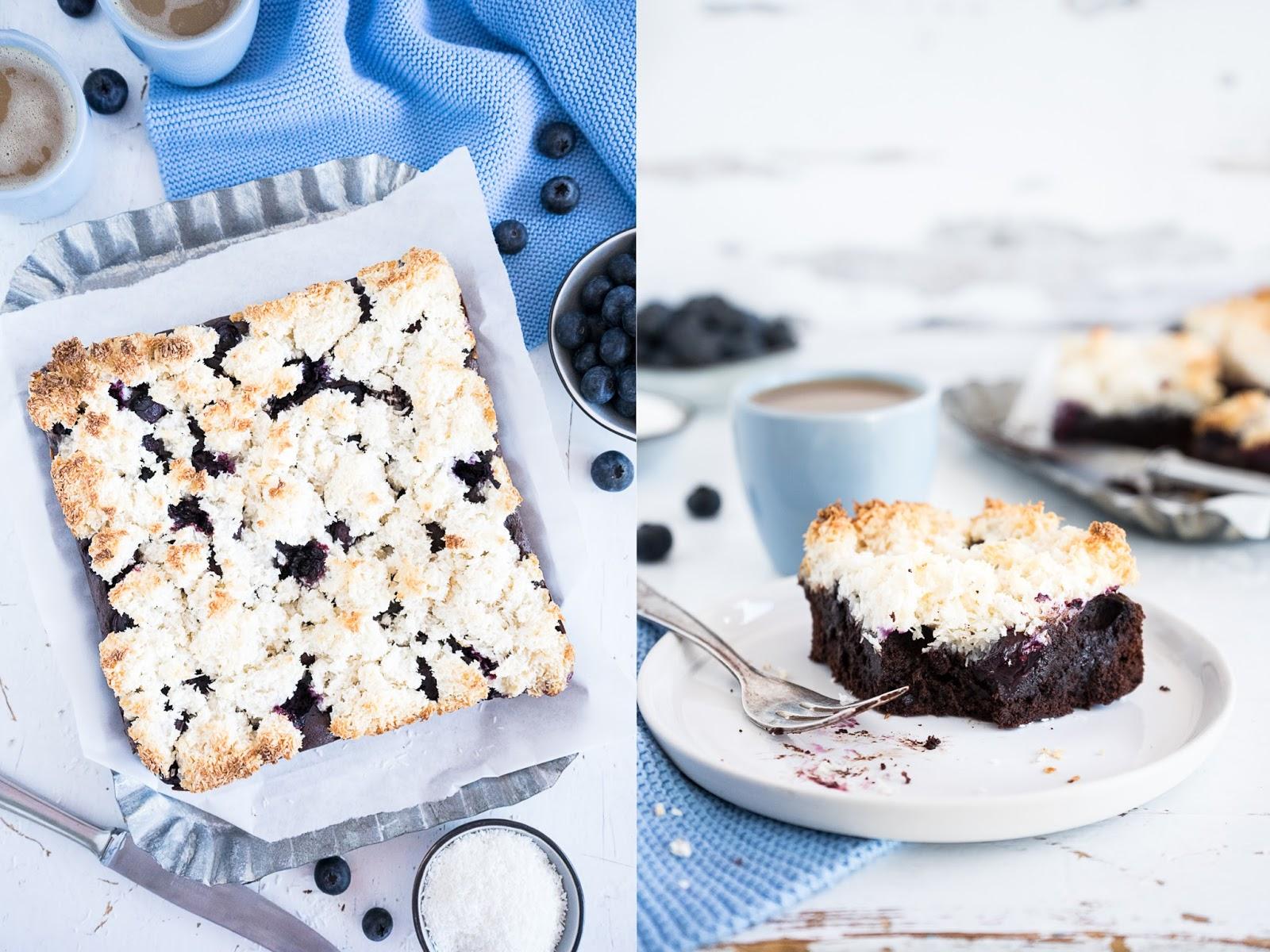 Ich weiß das Versuchung groß ja beinahe überwältigend ist direkt ein noch warmes Stück des Kuchen zu probieren Aber ich rate davon ab denn erstens