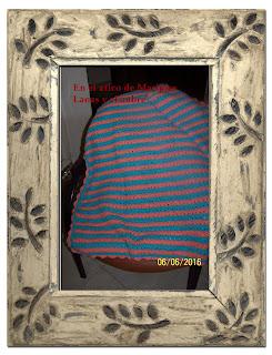 e6db5ebcc Una mantita de bebe, en dos colores.